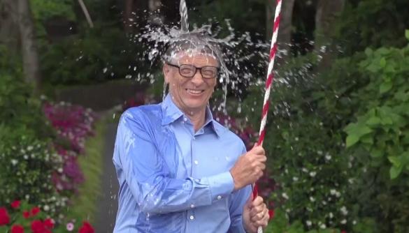 Ice Bucket Challenge  перевершив популярність «Harlem Shake» на YouTube