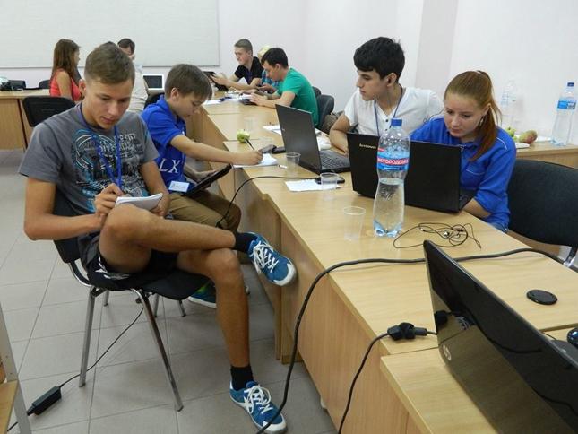 На Літній школі з медіаосвіти українські педагоги і школярі вчаться створювати мультимедійні історії