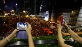 Парадоксальний простір нових медій: Україна — Гонконг