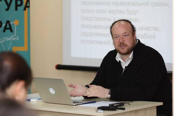 Алексей Браточкин: В Беларуси боятся утраты стабильности, поэтому всё, что происходит в Украине, интерпретируют как бардак и разлад