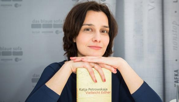 Німецькій журналістці українського походження присудили премію Ернста Толлера