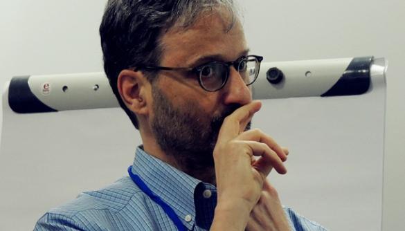 Ендрю Лерен: «Коли я працюю з базами даних, я люблю думати про них як про живі джерела»