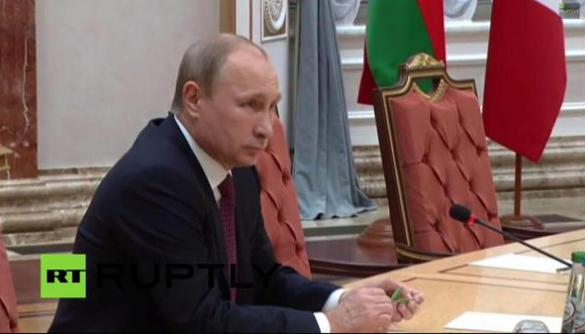 Путін не ламав олівець під час зустрічі в Мінську, як це повідомили українські ЗМІ