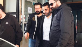 Колишні редактори турецької газети Taraf кидають виклик владі, яка арештувала їхнього колегу