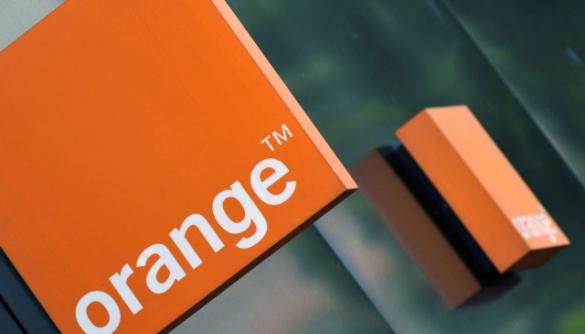Французькі спецслужби безконтрольно та масово моніторили мережу найбільшого оператора зв'язку – Le Monde