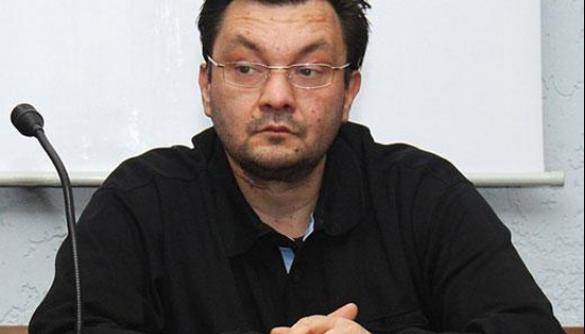 Почему Петр Порошенко должен не подписывать законы о «декоммунизации»