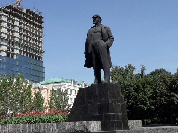 Донбас: чи можна бути великодушними до адептів тоталітаризму?