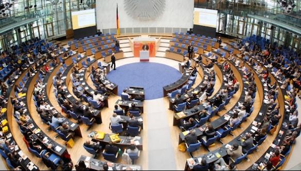 Global Media Forum у Бонні: журналістам не слід бавитись в агентів упливу