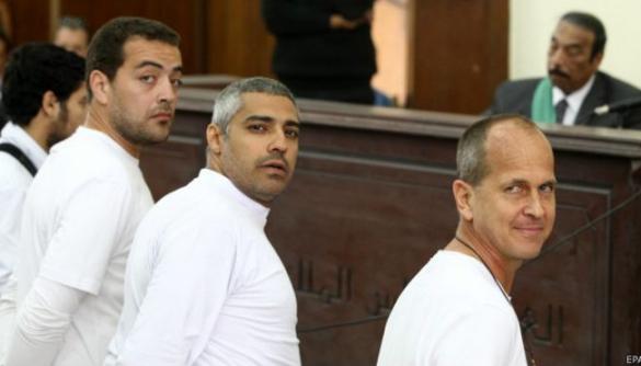 Президент Єгипту помилував двох журналістів Al Jazeera