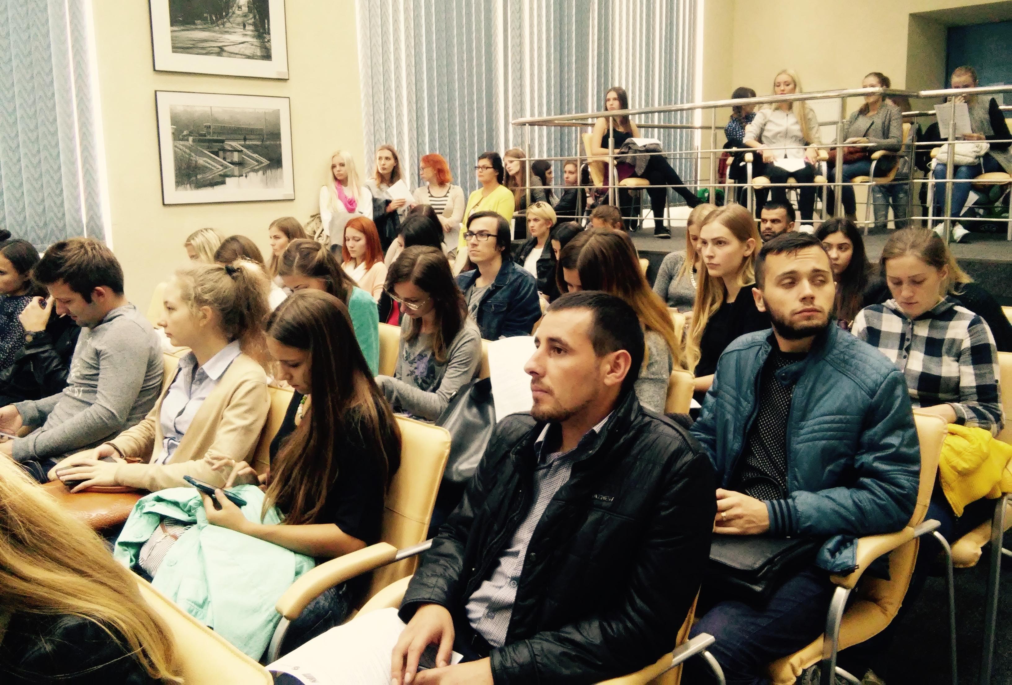 Більше половини аудиторії України не довіряє українським ЗМІ - дослідження Академії української преси