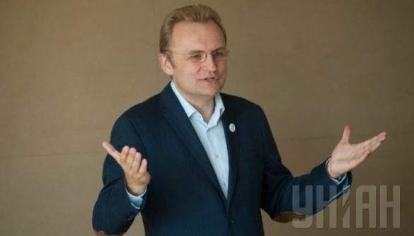 Львівське обласне радіо в день виборів дало коментар Андрія Садового про його досягнення на посаді