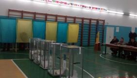 У Вінниці в журналістки на виборчій дільниці відібрали техніку, але згодом повернули