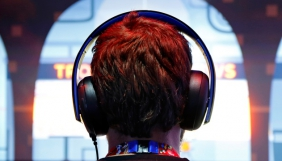 У Китаї ввели цензуру на прослуховування музики