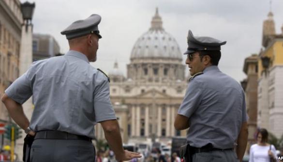 Ватикан cудитиме журналістів, які викрили корупцію у церкві