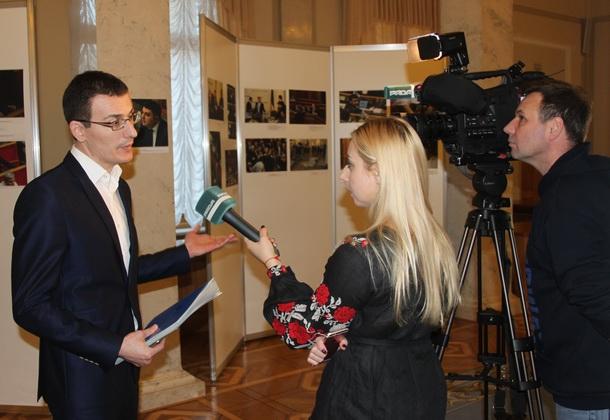 У Верховній Раді відкрито виставку робіт парламентських фотокореспондентів