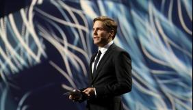 «Олеже, ми не забудемо про тебе» - актор Деніель Брюль на врученні Європейського кінопризу