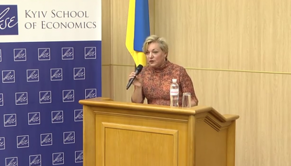 Голова Нацбанку вважає, що ЗМІ в Україні потребують реформування через «продажність»