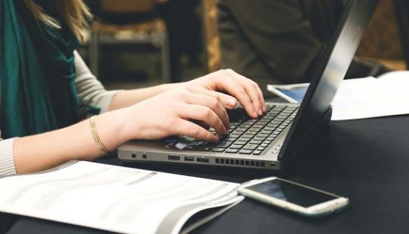 Одеські сайти: моніторинг стандарту оперативності