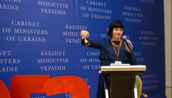 Елена Лобова: «Единой системы правительственной коммуникации в стране нет»