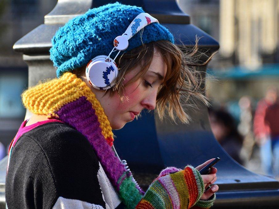 Смартфони Xiaomi почнуть розпізнавати пісні за наспіваною мелодією