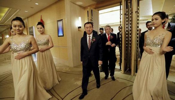 Китайський бізнесмен купив найбільшу мережу кінотеатрів в США