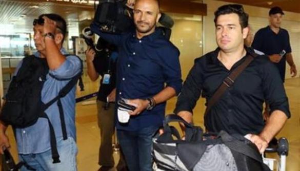 Влада Малайзії депортує двох австралійських журналістів через запитання прем'єру