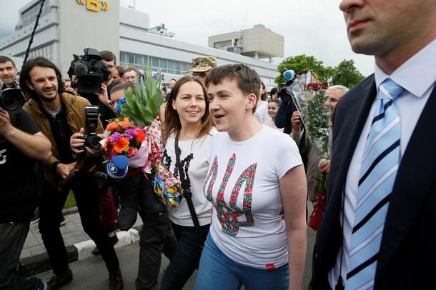 «Розрядка напруженості» між Києвом і Москвою — західні ЗМІ про звільнення Савченко