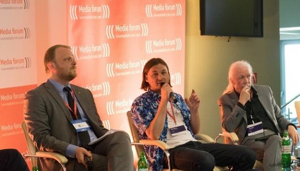 """Lviv Media Forum: «Порівнювати правду з пропагандою — це як порівняти документальний фільм із """"Зоряними війнами""""»"""