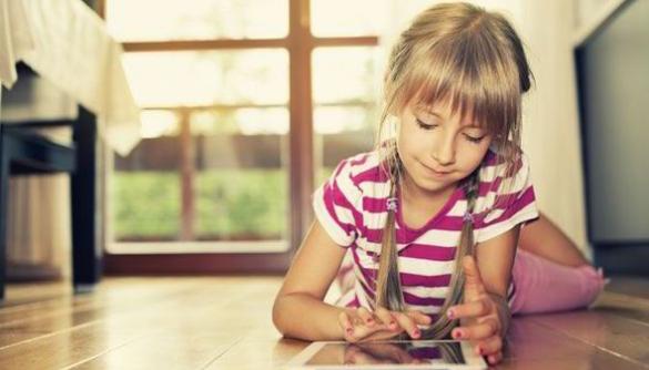 Самі в інтернеті. Чи реально захистити дитину від онлайн-загроз?