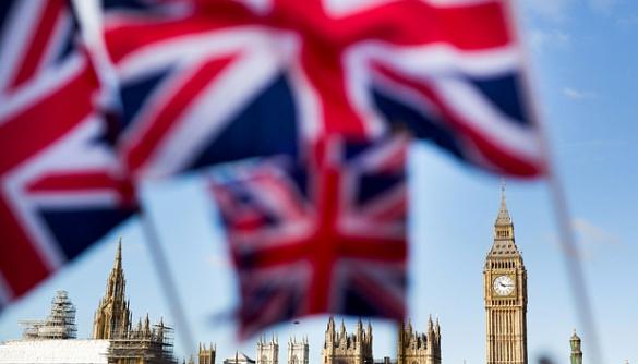 З британської електронної петиції за повторний референдум видалили частину підписів