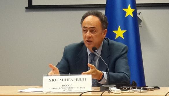 Значна частина дезінформації розповсюджується через соцмережі - посол Представництва ЄС в Україні