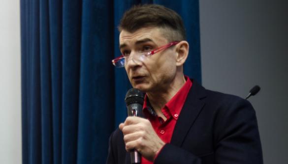 Эрнест Зозунь: «Теперь россияне на кухнях вторят телевизору»