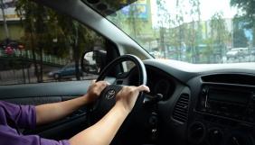 Восьмирічний хлопчик навчився водінню завдяки урокам на YouTube і поїхав в «McDonald's»