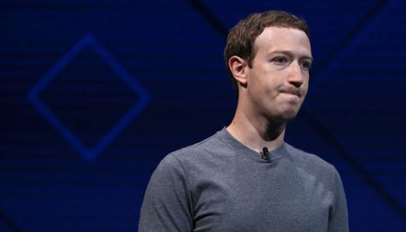 Facebook найме 3000 модераторів для відстеження відео з вбивствами чи суіцидом