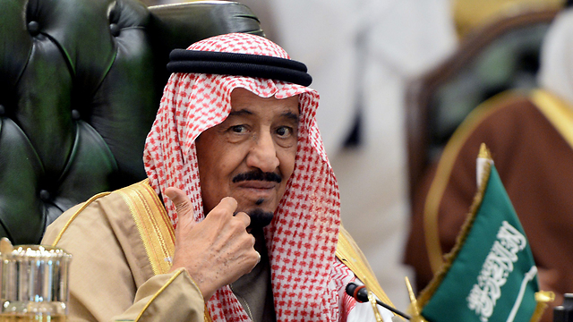 Король Саудівської Аравії наказав усунути журналіста від роботи за порівняння його з Аллахом