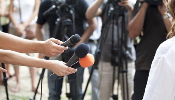 Чи можлива співпраця журналістів і влади: досвід Косово