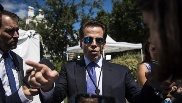 Новий директор з комунікацій Білого дому облаяв колегу, назвавши його «параноїком і шизофреніком»