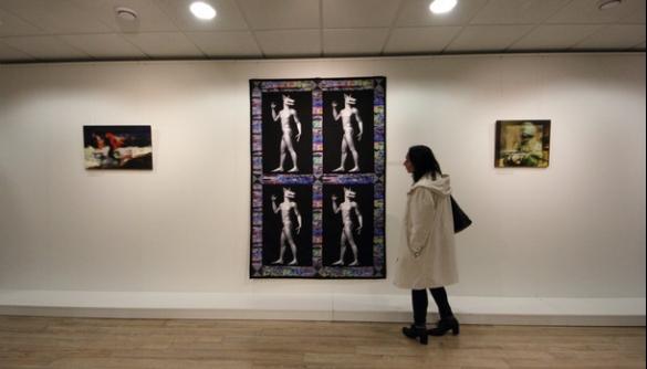 Декодувати пропаганду: виставка The Noise показала механізми впливу через арт-об'єкти