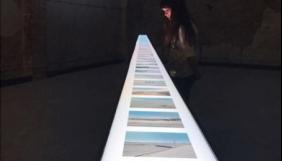 Жінка, яка боїться виходити з дому, створила фотовиставку за допомогою Google Street View
