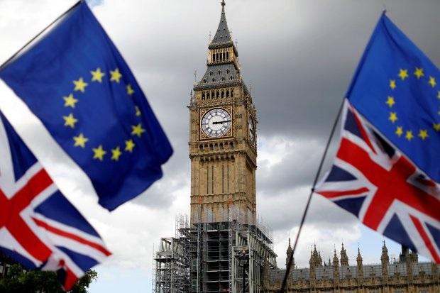 Дослідники виявили у Twitter мережу з 13 000 ботів, які намагалися вплинути на референдум про Brexit