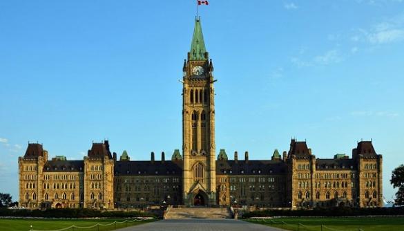 Канада хоче долучитися до протидії пропаганді та кібератакам у Східній Європі