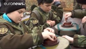 Euronews показав сюжет про навчання армією РФ дітей у Криму без згадки про анексію