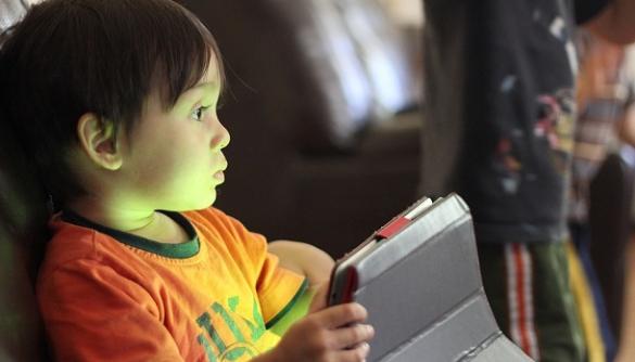 Фахівці з охорони здоров'я дітей засудили Messenger Kids від Facebook