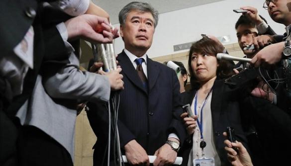 У Японії чиновник подав у відставку через звинувачення у домаганнях до журналістки