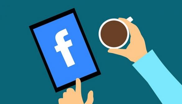 Більшість американців користуються Facebook так само, як і до викриття витоку Cambridge Analytica — опитування