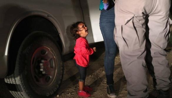 Фото заплаканої дівчинки допомогло зібрати $ 18 мільйонів пожертвувань
