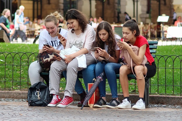 40% британських підлітків уважають, що секстинг шкодить стосункам — дослідження