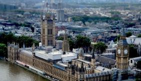 У парламенті Британії заявили, що люди ледве відрізняють фейкові новини від реальних
