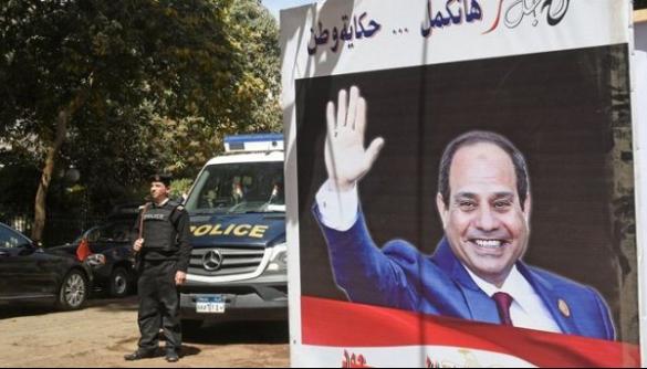 Президент Єгипту підписав закон, що дозволяє блокувати сайти й карати їх відвідувачів