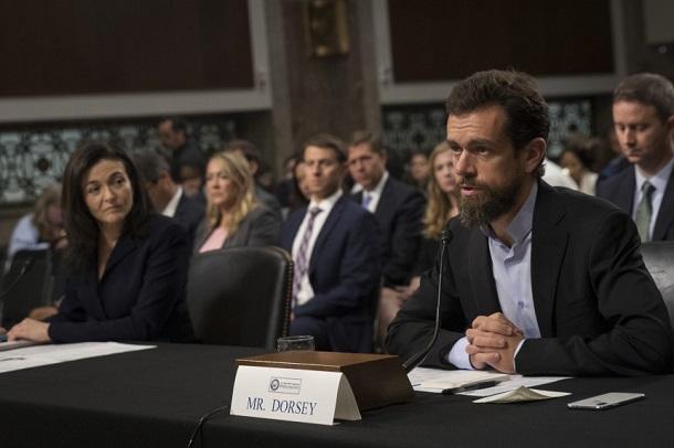 Керівництво Facebook та Twitter розповіло в Сенаті США про нові акаунти російських «тролів»